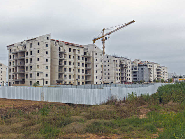 Government favours cut in GST to 5% from effective rate of 12% for residential properties